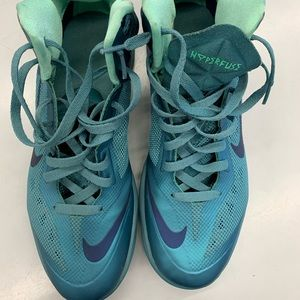 Nike Mens Hyperfuse Basketball Shoe size 11